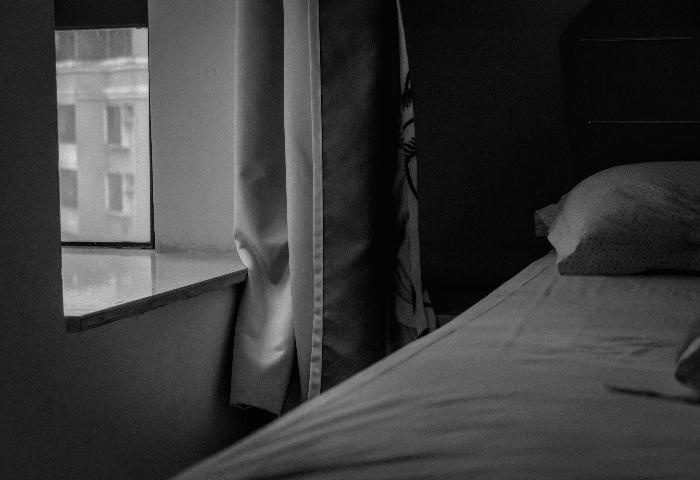 How Long Does Sleep Paralysis Last?