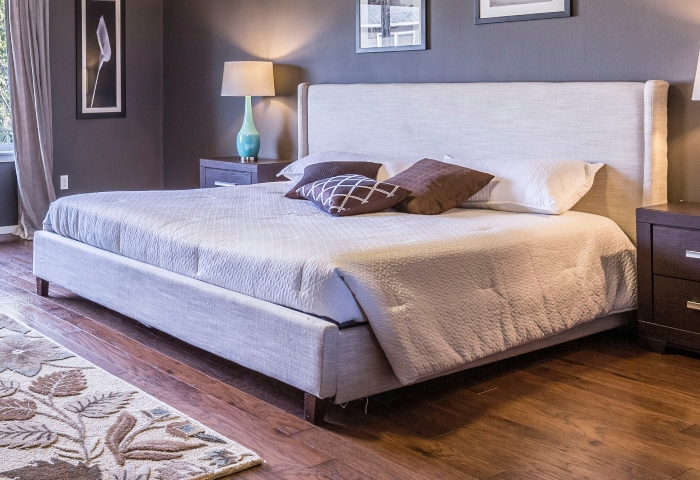 How to Attach a Headboard to an Adjustable Bed Frame